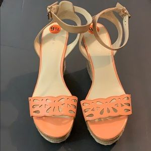 NWOT Nine West Peach Cork Wedges Sz 9.5